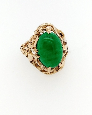 14kt YG cabachon cut jade ring 0.16cttw size 5.75
