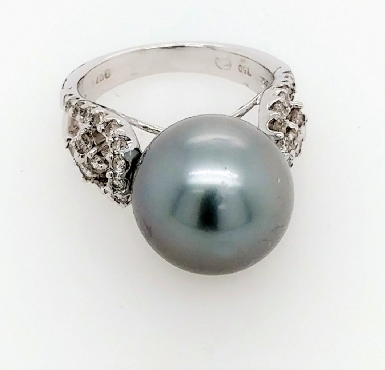 18k white gold ring with 14mm silver grey Tahitian pearl and 42 round diamond accents. Size 6.5.