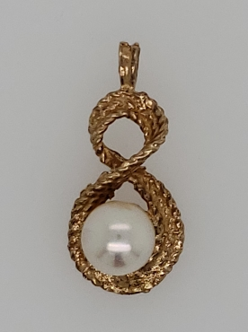 14K Yellow Gold Figure-8 Pearl Pendant