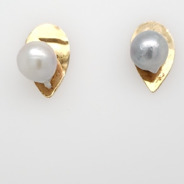 10K Yellow Gold Pear Shaped Studs with Gray Pearls