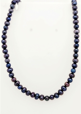 Black Pearl Necklace with 14K YG Clasp 18
