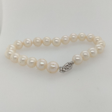 8.5mm Freshwater Pearl Bracelet with 14K White Gold Clasp; 7.75 inches