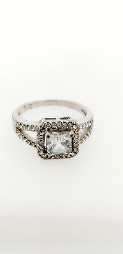 Sterling Silver Princess Cut CZ Engagement Ring with Split Shank Size 8