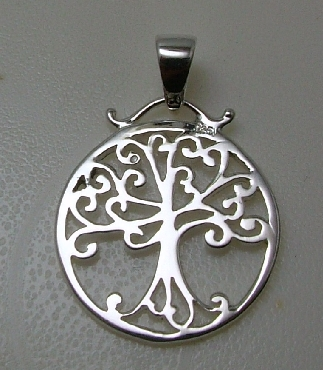 Sterling Silver Southern Gates charm or pendant Live Oak with Spanish Moss. 1   high including bale by 3/4   wide (approx.) P383