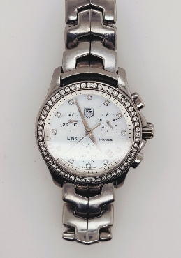 Tag Heuer Chronograph 33mm Women s Watch with Diamond Bezel  CJF1314.BA0580 Comes with Box; Manual; and Extra Links