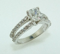 Diamond Engagement Ring 18K white gold Set with: - 1.01ct D SI1 Cushion Modified Brilliant cut GIA certificate - 0.49cttw
