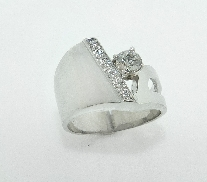 14K white gold ring by Studio Tzela set with:   - 6*- 0.083cttw HOF - 0.256ct HOF102601 F; VS2