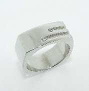 HOF Mens Ring 14 K White Gold 2*= 0.06cttw  G-H  SI1 HOF