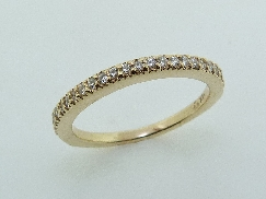 14KY Lady s diamond band set with: - 29 Hearts On Fire diamonds; 0.192 cttw; VS2-SI1