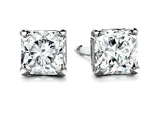 Hearts on Fire diamond earrings set with:  - 0.36ct H; SI1-2 Dream cut diamonds
