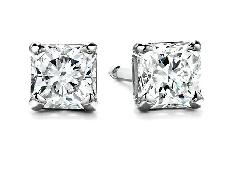 Hearts on Fire diamond earrings set with:  - 0.36cttw G/H; VS2 Dream cut diamonds
