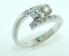 14K white gold 2 stone engagement ring set with:  - 2*- 0.214cttw SI1-2 H/I - 10*- 0.142cttw SI1-2 H/I
