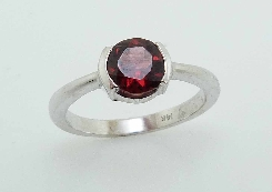 14K white gold ring 6mm round Garnet