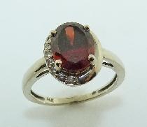CG Ladies Ring 14 K W 2.45ct Garnet 9*= 0.08cttw  I/J  I1