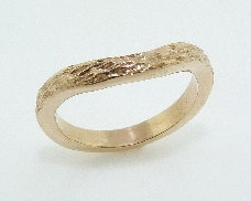 14K yellow gold ladies band