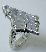 Sterling silver and 14KY ladies ring by Studio Tzela set with: - quartz with tourmaline crystals