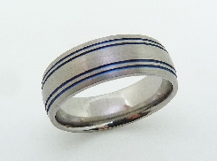 Mens band titanium and blue anodized stripes satin finish; 8mm size 12