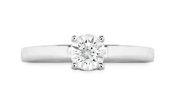 18K yellow gold enagement ring   Simply bridal solitaire   by Hearts On Fire set with:  - 0.72ct J; VVS2 (HOF153149)
