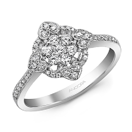 14KW lady s diamond dinner ring set with: - - 47 RBC diamonds; 0.40cttw; G/H; SI very good cut