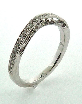 18KW ladies band matching R3557 by Parade Designs set with: - 30 round brilliant cut diamonds; 0.14cttw; G/H; SI
