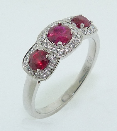 18KW ladies coloured gemstone ring - 3 - 0.71cttw round rubies - 0.12cttw diamonds; G; SI1