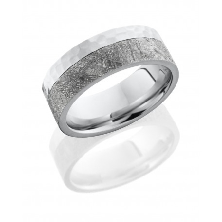 Cobalt chrome 8mm mens flat band with 5mm meteorite on edge.